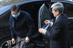 Tiếp tục hoãn xét xử ông Vũ Huy Hoàng vì vắng mặt nhiều bị cáo và người liên quan