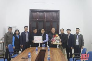 Lãnh đạo Liên đoàn Lao động tỉnh Thanh Hóa thăm, chúc Tết các doanh nghiệp