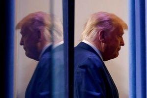Ông Trump sẽ thực hiện 'hơn 100 lệnh ân xá' vào ngày 19/1 nhưng không có tên của chính mình