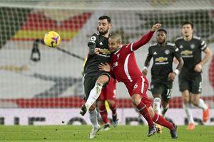 Liverpool và M.U cầm chân nhau, Man City đắc lợi