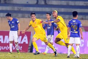 Bảng xếp hạng V-League 2021 sau vòng 1: Nam Định cười, HAGL và Hà Nội FC khóc