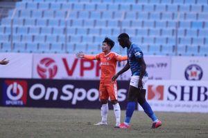 V-League 2021 khai màn: Hà Nội FC, Viettel thua sốc, thầy ngoại trắng tay