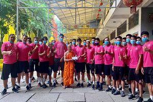 Hành động đẹp ngoài sân bóng của CLB Sài Gòn