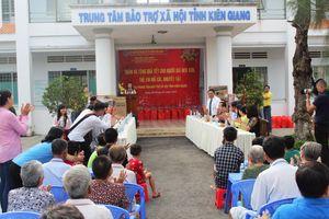 Kiên Giang tổ chức Chợ Tết Nhân đạo 2021