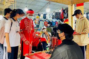 Khai mạc hội chợ xuân quận Tân Bình