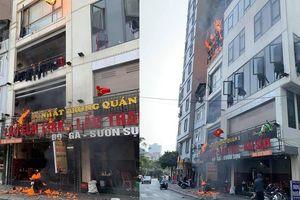 Hà Nội: Quán lẩu Nhất Trung bị lửa thiêu rụi