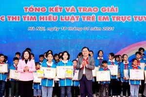 Gần 220.000 học sinh dự thi Tìm hiểu Luật trẻ em trực tuyến