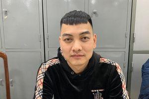 Kẻ bắn xe 'thánh chửi' Dương Minh Tuyền đầu thú