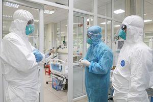 Gần 18.000 người đang cách ly, tin 'đặc biệt' về 22 ca mắc COVID-19 ở Việt Nam