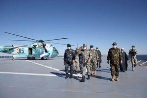 Iran tập trận trên Vịnh Oman một ngày trước lễ nhậm chức của ông Biden