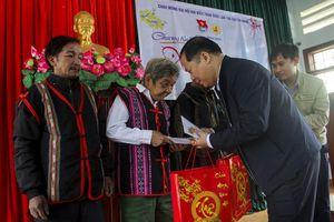 Bình Định: Mang 'Xuân yêu thương' đến với người dân xã miền núi khó khăn