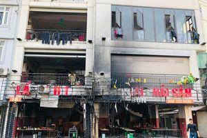 Cháy lớn tại nhà hàng trên phố Thượng Đình, nhiều người tháo chạy