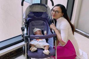 Sinh ở tuần 28 của thai kỳ, bà mẹ 9X kể hành trình chăm sóc con 1kg trở nên bụ bẫm, đáng yêu