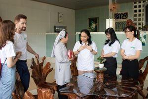 Tập đoàn Nguyễn Hoàng chia sẻ, hỗ trợ những hoàn cảnh khó khăn