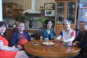 Những 'thủ lĩnh' giúp người Việt ở nước ngoài kiên cường chống COVID-19