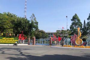 TP Cần Thơ: Rực rỡ cờ hoa chào mừng Đại hội lần thứ XIII của Đảng