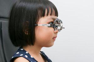 Mức độ nguy hiểm nhất của cận thị? Độ cận nặng cao nhất là bao nhiêu?