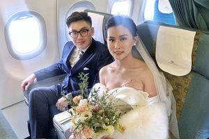 Cặp đôi tổ chức 'đám cưới trên mây' ở độ cao 10.000m