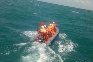 Diến biến mới nhất vụ chìm tàu cá ở Côn Đảo, 6 người được cứu, 7 người mất tích