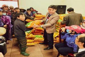 World Vision Việt Nam tặng hơn 11 tấn lúa giống cho hơn 1.100 hộ dân khó khăn tại Hải Lăng (Quảng Trị)