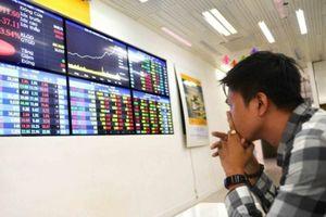 Chứng khoán Việt Nam: Ưu tiên không để thị trường 'ngừng nghỉ'