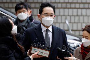 Khoảng trống lãnh đạo khi người thừa kế Tập đoàn Samsung lĩnh án