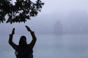 Khu vực Bắc Bộ sáng sớm có sương mù