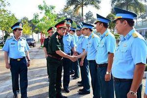 Đoàn công tác Bộ Quốc phòng thăm, kiểm tra và chúc Tết các đơn vị trên địa bàn tỉnh Đồng Nai