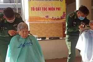 Cắt tóc miễn phí cho người cao tuổi