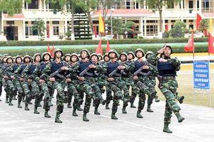 Dàn áo giáp chống đạn bất chấp 'nặng, nóng' của bộ binh Việt Nam