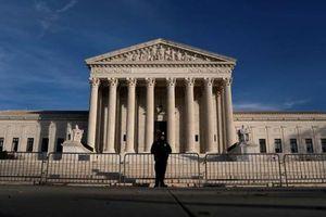 Sơ tán khẩn cấp Tòa án Tối cao Mỹ vì nguy cơ đánh bom ngay sát giờ lễ nhậm chức