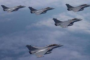 Ấn Độ- Pháp tham gia tập trận 'độc nhất vô nhị' trên không