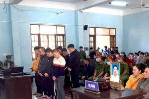 Tuyên án nhóm giang hồ bắt cóc, giết người và tàng trữ vũ khí 'nóng'
