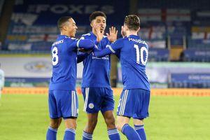 Đánh bại Chelsea, Leicester tạm chiếm ngôi đầu của M.U