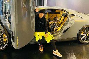 Châu Kiệt Luân gây sốt mạng xã hội khi khoe siêu xe mới hơn 71 tỷ đồng