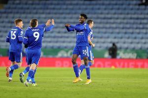 Man Utd mất ngôi đầu bảng vào tay Leicester