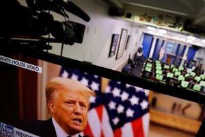 Ông Trump chúc chính quyền mới may mắn
