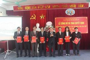 TAND tỉnh Thừa Thiên-Huế: Công bố và trao Quyết định bổ nhiệm 15 Hòa giải viên