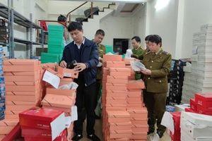 Lào Cai: Bắt giữ hơn 2.000 đôi giày nhập lậu