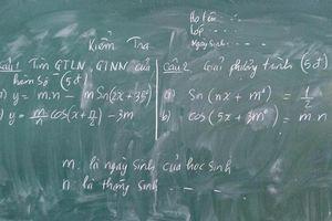 Độc chiêu chống quay cóp giờ kiểm tra của giáo viên khiến học trò phát hoảng