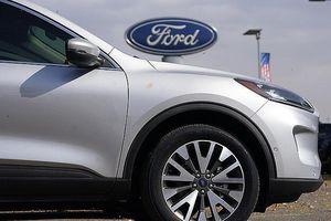 Chính quyền Mỹ yêu cầu triệu hồi 3 triệu xe Ford do lỗi túi khí