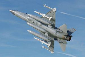 Tiêm kích MiG-35 Nga lại thất bại trước JF-17 Pakistan