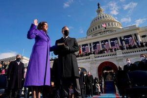 Lý do bà Harris, Obama, Clinton chọn áo tím ngày nhậm chức