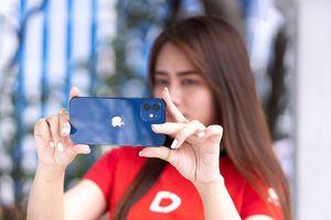 iPhone 12 giảm 5 triệu, XS Max còn 12,99 triệu dịp cận Tết