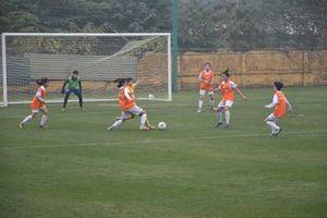 Đội hình trẻ tuyển nữ Quốc gia thắng tưng bừng tuyển nữ Hà Nội II