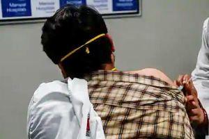 Một nhân viên y tế 42 tuổi ở Ấn Độ chết sau khi tiêm vắc xin Covid-19