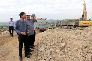 Kiểm tra thi công cao tốc trên tuyến Bắc - Nam đoạn Vĩnh Hảo - Phan Thiết