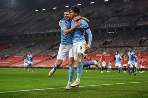 Điểm nhấn Man City 2-0 Aston Villa: Điểm tựa hàng thủ đưa Man City lên nhì bảng