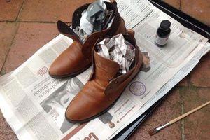 Cách hay để khử mùi hôi giày dép vô cùng đơn giản