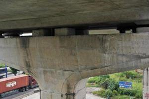 Bộ Xây dựng kiểm tra hiện trường sự cố rơi gối cao su tuyến metro số 1